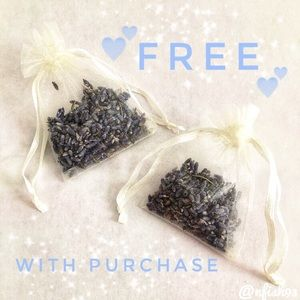 Gift with Purchase 💕 Mini Lavender Sachet